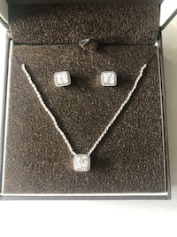 silver diamond studded pendant necklace in box Bakersfield, 93308