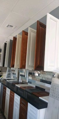 KITCHEN/BATHROOM REMODELING -- CABINETS & COUNTERTOPS  Tustin