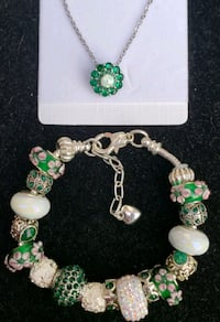 Bracelet w match emerald and opal necklace  Baltimore, 21224