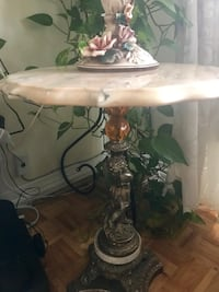 Side tables and lamps  Longueuil, J4V 3J4