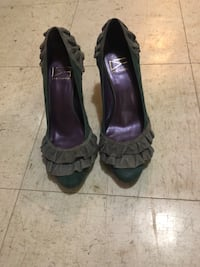 Due Farina ruffle pump New York, 10002