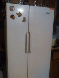 Gibson Double  door fridge  Kingsport, 37663
