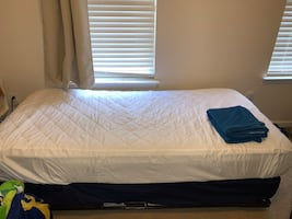 Twin bed/ day bed