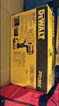 yellow and black DeWalt cordless power drill Mississauga, L4T 1W3