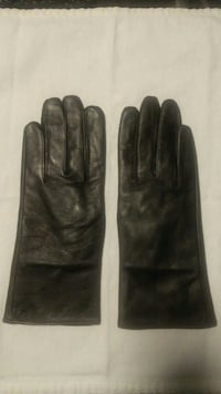 Black Leather Gloves (size: small) Baltimore, 21206