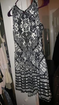 black and white floral sleeveless dress Cleveland, 37311