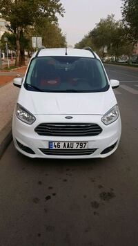 2015 Ford Courier Adana