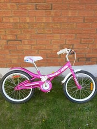 """Girl's supercycle  with 20"""" tires  Courtice, L1E 1M7"""