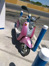 80 cc  moped