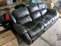 Double recliner flex steel leather couch West Fargo, 58078