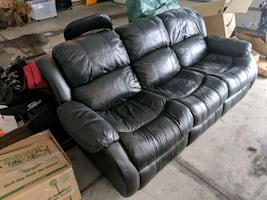 Double recliner flex steel leather couch