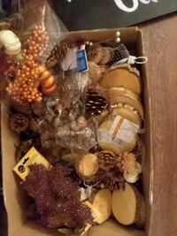 Box of fall/rustic decor