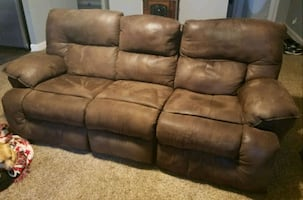 Reclining Sofa / Couch