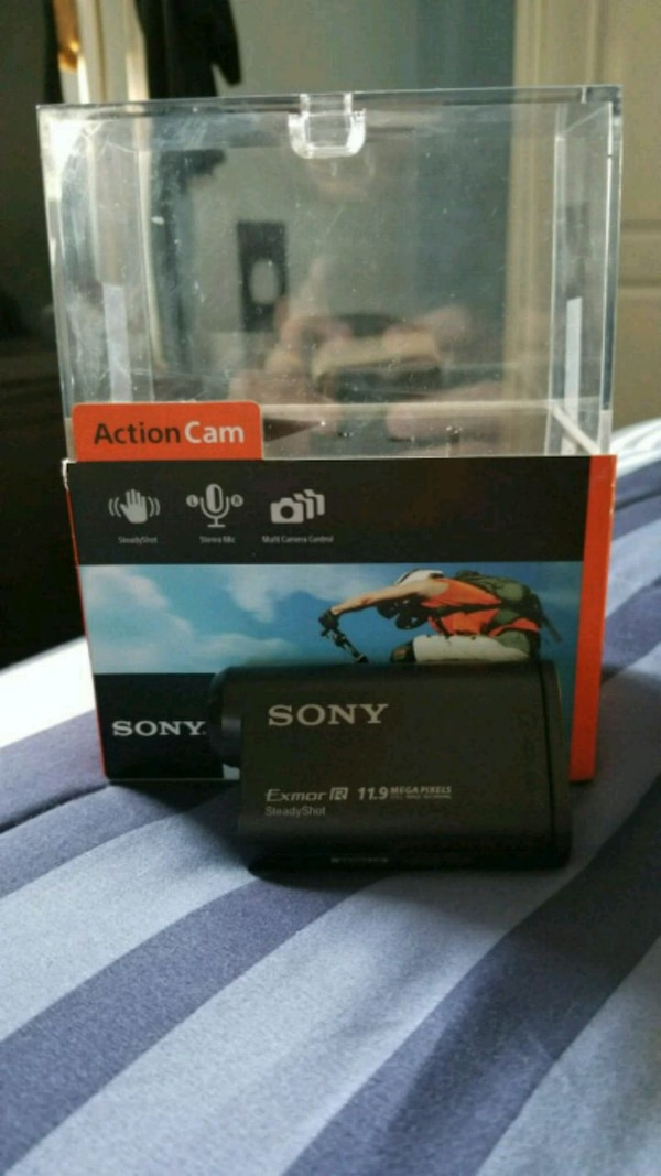 Sony HDR AS20 + Sony Accessories worth $200