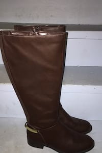 Brown boots New Size 8 Burnaby, V5B 1V8