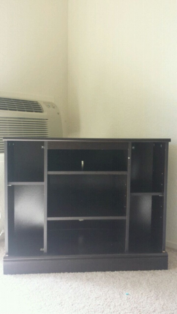 reputable site 4417c a98eb Corner tv stand for upto 65 inch tv