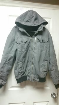 gray zip-up hooded jacket