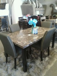 real marble table with 4 chairs Las Vegas, 89120