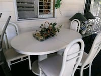 Dining room table and chairs Escondido, 92027