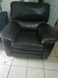 black leather recliner sofa chair Laredo, 78043