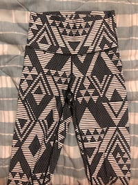 Aerie leggings - 2 pairs size Small Toronto, M1N 3A8