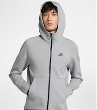 Nike tech fleece hoodie Men's Small Toronto, M2N 3C8