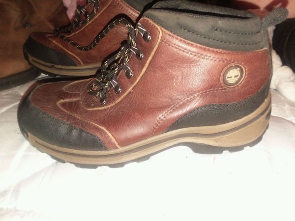 a5310d0975f Ariat boots, Justin boots and like new timberland