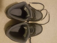 Dc shoes barely worn size 7