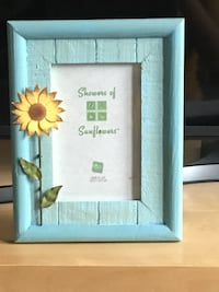 """New """"Russ"""" Picture Frame. MONTREAL"""