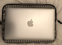 MacBook Air 11 inch Laptop in exceptional condition! Vancouver, V6C 3L2