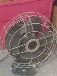 Vintage Robbins and Myers Fan Martinsburg