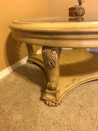 white wooden end table Vancouver, 98686