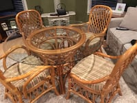 Kitchen glass top table with 4 chairs and 2 bar stools Baldwin, 21013