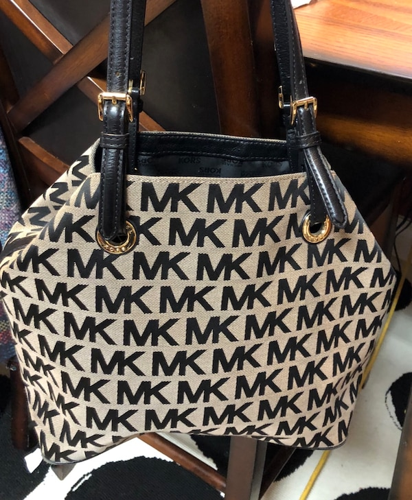 1840252dc8e5ff Used black and gray Michael Kors tote bag for sale in Rowlett - letgo
