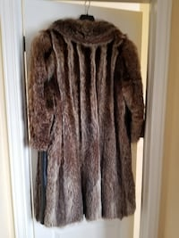 Vintage raccoon fur coat $99.00 - good condition Ottawa