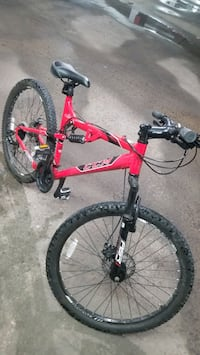 """CCM mountain bike 26""""wheels front and back suspension system"""