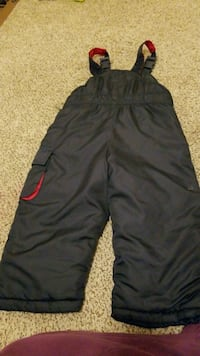 black and red Nike shorts