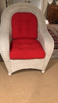 White  wicker over sized chair with cushions both from pier 1. Good condition Skaneateles, 13152
