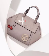 NEW!LIMITTED EDTN Tory Burch Half-Moon Small Satch