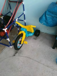 toddler's yellow and blue trike Port St. Lucie, 34952