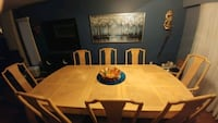 Dinning table solid wood. New Westminster, V3M 5J9