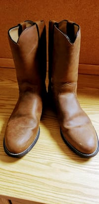 Size 10 Justin Boots