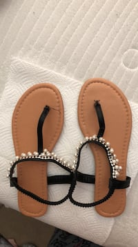 pair of brown-and-black sandals Cape Coral, 33993
