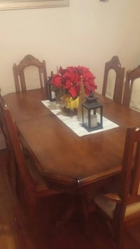 dinning table set with 6 chairs Welland, L3B 4M4