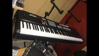 Black and white electronic keyboard Ashburn, 20147
