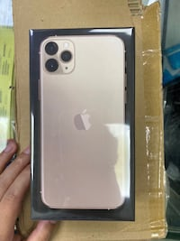 iPhone 11 Pro Max GOLD NORTHYORK