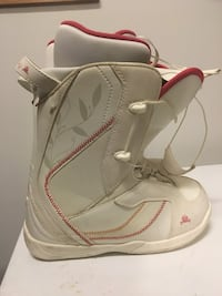 Woman's Snowboarding Boots