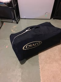 Graco pack and play crib with musical mobile and change pad,