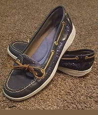 Size 8 Sperry top sider