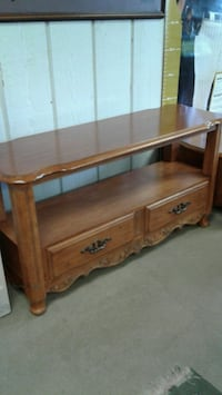 NICE TV STAND good condition  Zion, 60099